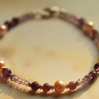 Lepidolith-Amethyst-Perlen-Armband